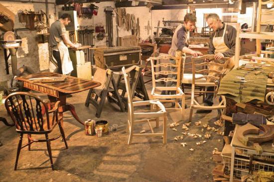 мастерская по ремонту мебели