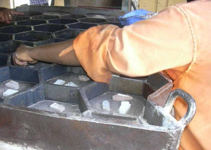 изготовление тротуарной плитки из пластиковых бутылок
