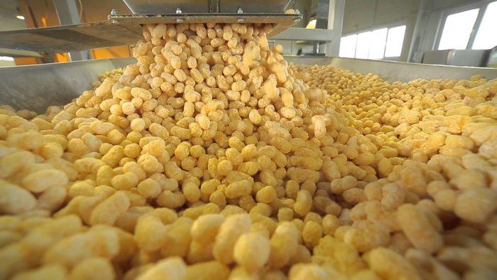 maxresdefault 3 e1494572766455 - Бизнес идея - производство  кукурузных палочек