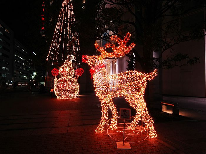 5 в 1 суперприбыльный бизнес на Новый год, оставьте шубу Деда Мороза кому-то другому