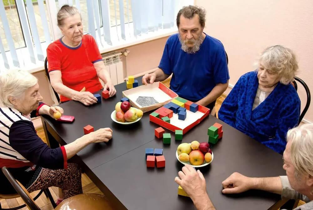 Дом престарелых - многоформатный бизнес