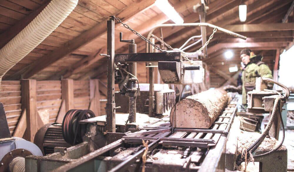Плюсы и минусы бизнеса на оптовой торговле лесоматериалами